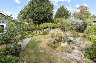 Photo 39: 2728 Blackwood St in : Vi Hillside House for sale (Victoria)  : MLS®# 854760
