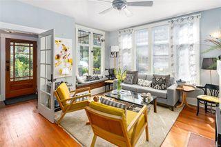 Photo 8: 2728 Blackwood St in : Vi Hillside House for sale (Victoria)  : MLS®# 854760