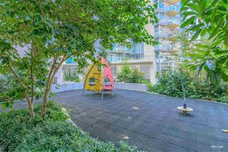 """Photo 25: 1001 89 W 2ND Avenue in Vancouver: False Creek Condo for sale in """"ETON"""" (Vancouver West)  : MLS®# R2509145"""