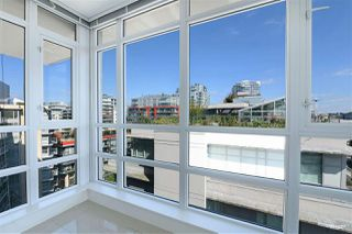 """Photo 13: 1001 89 W 2ND Avenue in Vancouver: False Creek Condo for sale in """"ETON"""" (Vancouver West)  : MLS®# R2509145"""