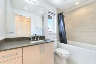 """Photo 15: 1001 89 W 2ND Avenue in Vancouver: False Creek Condo for sale in """"ETON"""" (Vancouver West)  : MLS®# R2509145"""