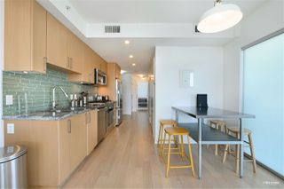 """Photo 5: 1001 89 W 2ND Avenue in Vancouver: False Creek Condo for sale in """"ETON"""" (Vancouver West)  : MLS®# R2509145"""