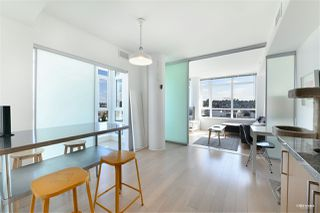 """Photo 4: 1001 89 W 2ND Avenue in Vancouver: False Creek Condo for sale in """"ETON"""" (Vancouver West)  : MLS®# R2509145"""