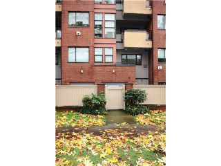"""Photo 10: 109 345 LONSDALE Avenue in North Vancouver: Lower Lonsdale Townhouse for sale in """"THE MET"""" : MLS®# V1017076"""