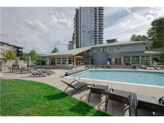 Photo 10: # 411 701 KLAHANIE DR in Port Moody: Port Moody Centre Condo for sale : MLS®# V1002002