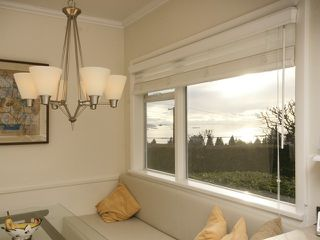 Photo 11: 2095 Mathers Avenue in Vancouver: Ambleside Condo for sale (Vancouver West)  : MLS®# V1047700
