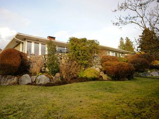 Photo 4: 2095 Mathers Avenue in Vancouver: Ambleside Condo for sale (Vancouver West)  : MLS®# V1047700