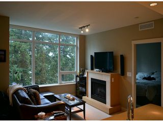 Photo 7: # 703 15152 RUSSELL AV: White Rock Condo for sale (South Surrey White Rock)  : MLS®# F1405044