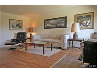 Photo 3:  in VICTORIA: VR Hospital Single Family Detached for sale (View Royal)  : MLS®# 397825