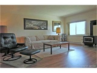 Photo 2:  in VICTORIA: VR Hospital Single Family Detached for sale (View Royal)  : MLS®# 397825