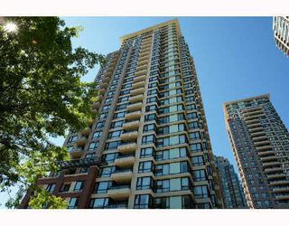 "Main Photo: 1507 977 MAINLAND Street in Vancouver: Yaletown Condo for sale in ""YALETOWN PARK PARK 3"" (Vancouver West)  : MLS®# V1078473"