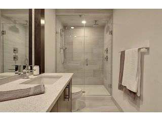 Photo 9: 2816 34 ST SW in Calgary: Killarney_Glengarry Townhouse for sale