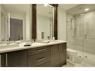 Photo 10: 2816 34 ST SW in Calgary: Killarney_Glengarry Townhouse for sale