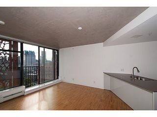 "Photo 3: 2109 128 W CORDOVA Street in Vancouver: Downtown VW Condo for sale in ""Woodwards W43"" (Vancouver West)  : MLS®# V1079911"