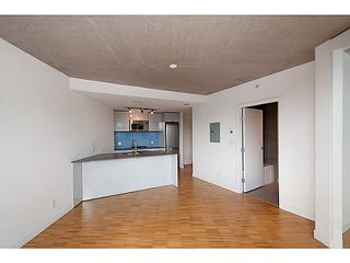 "Photo 7: 2109 128 W CORDOVA Street in Vancouver: Downtown VW Condo for sale in ""Woodwards W43"" (Vancouver West)  : MLS®# V1079911"