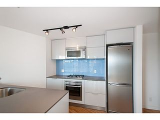 "Photo 8: 2109 128 W CORDOVA Street in Vancouver: Downtown VW Condo for sale in ""Woodwards W43"" (Vancouver West)  : MLS®# V1079911"