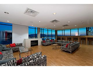 """Photo 15: 2109 128 W CORDOVA Street in Vancouver: Downtown VW Condo for sale in """"Woodwards W43"""" (Vancouver West)  : MLS®# V1079911"""