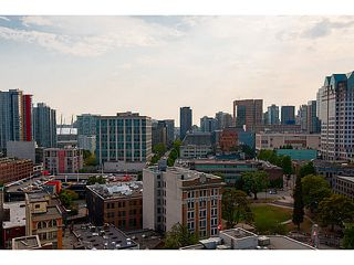 """Photo 5: 2109 128 W CORDOVA Street in Vancouver: Downtown VW Condo for sale in """"Woodwards W43"""" (Vancouver West)  : MLS®# V1079911"""
