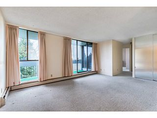 Photo 4: 405 6759 Willingdon Avenue in Burnaby: Metrotown Condo for sale (Burnaby South)  : MLS®# V1103689