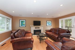 Photo 2: 1015 JEFFERSON AVE in West Vancouver: Sentinel Hill House for sale : MLS®# R2050667