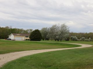Photo 3: 61106 Hwy. 12 in RM Springfield: Single Family Detached for sale : MLS®# 1620746