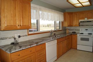 Photo 4: 61106 Hwy. 12 in RM Springfield: Single Family Detached for sale : MLS®# 1620746