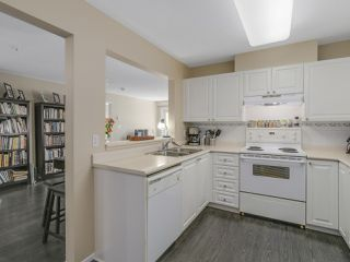 Photo 5: 304 1190 EASTWOOD STREET in Coquitlam: North Coquitlam Condo for sale : MLS®# R2112295
