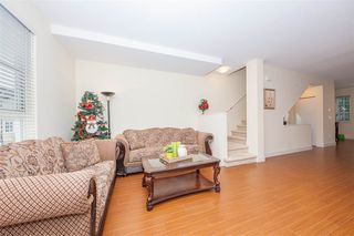 Photo 4: 222 2450 161A Street in Surrey: Grandview Surrey Townhouse for sale (South Surrey White Rock)  : MLS®# R2409680