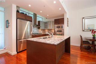 Photo 9: 102 66 Songhees Road in VICTORIA: VW Songhees Condo Apartment for sale (Victoria West)  : MLS®# 416900