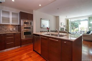 Photo 11: 102 66 Songhees Road in VICTORIA: VW Songhees Condo Apartment for sale (Victoria West)  : MLS®# 416900