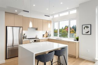 "Photo 6: 502 108 E 35TH Avenue in Vancouver: Main Condo for sale in ""Crest"" (Vancouver East)  : MLS®# R2414587"