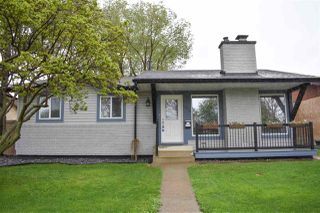 Photo 1: 10211 172 Avenue in Edmonton: Zone 27 House for sale : MLS®# E4198113