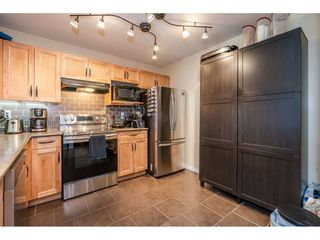 "Photo 4: 103 20881 56 Avenue in Langley: Langley City Condo for sale in ""ROBERT'S COURT"" : MLS®# R2467971"