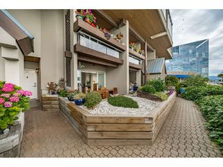 """Photo 2: 103 3 K DE K Court in New Westminster: Quay Condo for sale in """"Quayside Terrace"""" : MLS®# R2469047"""