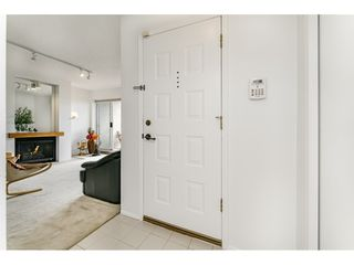 """Photo 3: 103 3 K DE K Court in New Westminster: Quay Condo for sale in """"Quayside Terrace"""" : MLS®# R2469047"""