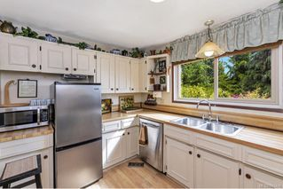 Photo 10: 6455 Sooke Rd in Sooke: Sk Sooke Vill Core House for sale : MLS®# 841444