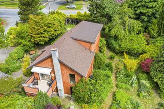 Photo 3: 6455 Sooke Rd in Sooke: Sk Sooke Vill Core House for sale : MLS®# 841444