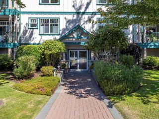 Photo 43: 301 2318 James White Blvd in : Si Sidney North-East Condo for sale (Sidney)  : MLS®# 851427