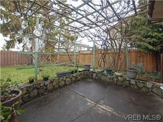 Photo 16: 1534 San Juan Ave in VICTORIA: SE Gordon Head Single Family Detached for sale (Saanich East)  : MLS®# 594747