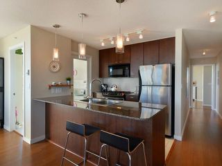 """Photo 4: 2206 7063 HALL Avenue in Burnaby: Highgate Condo for sale in """"EMERSON"""" (Burnaby South)  : MLS®# V929818"""