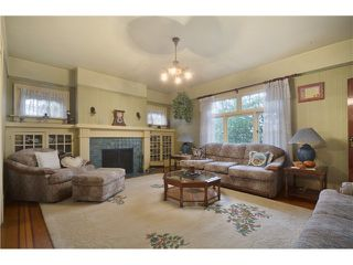 "Photo 2: 1010 E 21ST Avenue in Vancouver: Fraser VE House for sale in ""CEDAR COTTAGE"" (Vancouver East)  : MLS®# V988723"