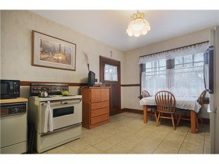"Photo 4: 1010 E 21ST Avenue in Vancouver: Fraser VE House for sale in ""CEDAR COTTAGE"" (Vancouver East)  : MLS®# V988723"