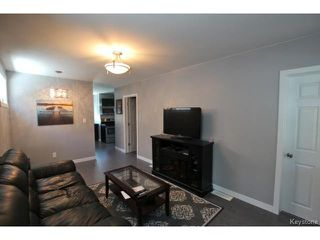 Photo 8: 384 Jamison Avenue in WINNIPEG: East Kildonan Residential for sale (North East Winnipeg)  : MLS®# 1418294