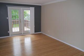 Photo 3: 207 Rouge Road in Winnipeg: Westwood Single Family Detached for sale (West Winnipeg)  : MLS®# 1422565
