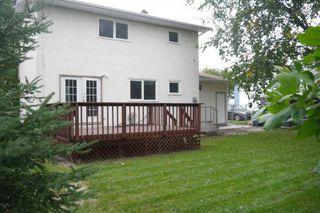 Photo 5: 207 Rouge Road in Winnipeg: Westwood Single Family Detached for sale (West Winnipeg)  : MLS®# 1422565
