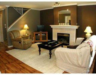 Photo 3: 11 11737 236 Street in MAPLE RIDGE: Cottonwood MR Townhouse for sale (Maple Ridge)  : MLS®# V868893