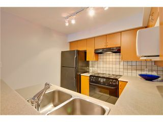 Photo 7: 3167 W 4TH AV in Vancouver: Kitsilano Condo for sale (Vancouver West)  : MLS®# V1131106