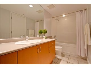 Photo 10: 3167 W 4TH AV in Vancouver: Kitsilano Condo for sale (Vancouver West)  : MLS®# V1131106