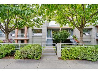 Photo 2: 3167 W 4TH AV in Vancouver: Kitsilano Condo for sale (Vancouver West)  : MLS®# V1131106