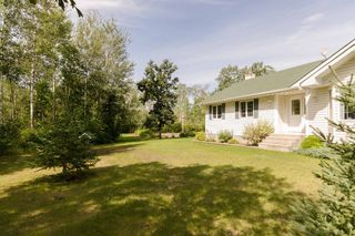 Photo 4: 35139 Cedar Lake Road in RM Springfield: Single Family Detached for sale : MLS®# 1522828
